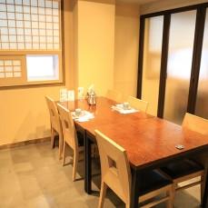 가매초밥 테이블
